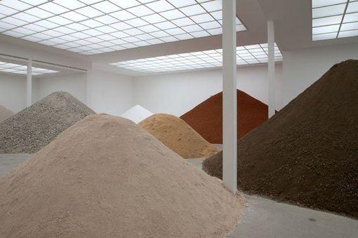 1-LA_Construction-Materials-Main-Hall-Secession_Vienna_2010_ph_Wolfgang_Thailer